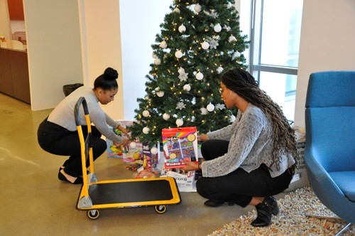 packing presents on cart